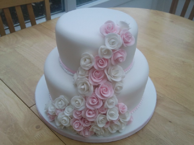 two tier wedding cakes with roses 2 tier pink and white cake 171 susie s cakes 21373